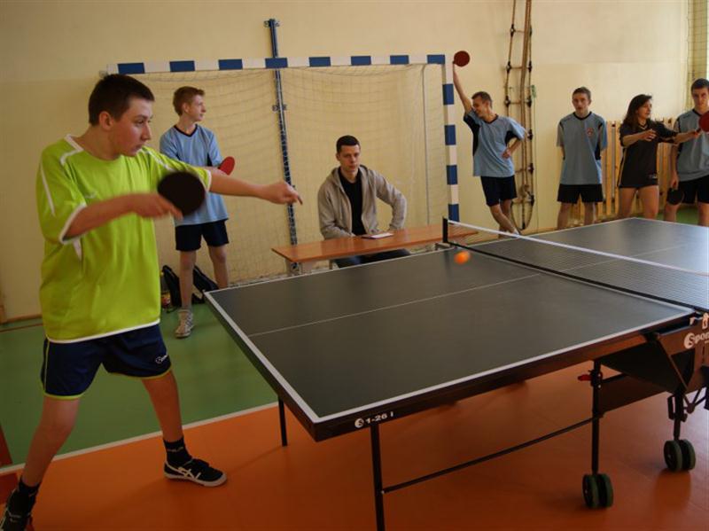 Turniej tenisa stolowego-01